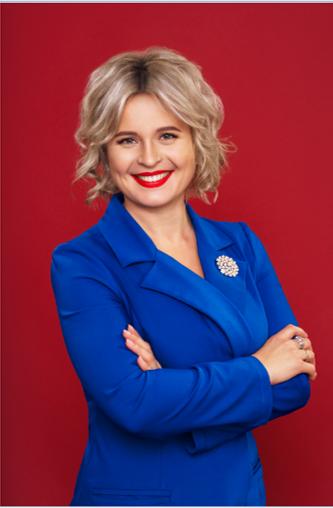 Первый Партнер в истории AVON Украина, который достиг статуса VIP-4 - Цыквас Иванна!