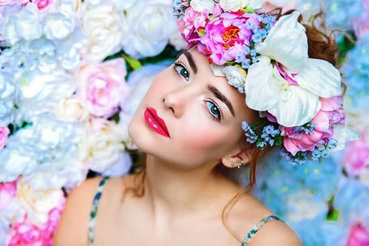 Тенденции макияжа, ухода за кожей и парфюмерии для весны