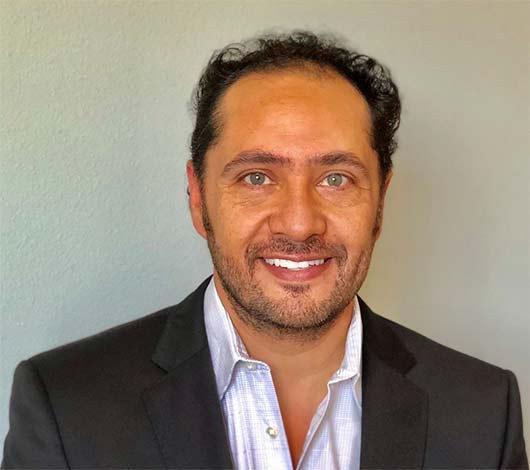 Луис Васкес был назначен руководителем глобальной группы продаж Avon
