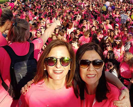 Avon проводит по всему миру месячник осведомленности о раке молочной железы